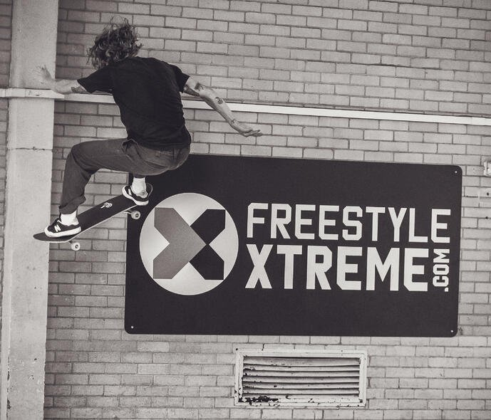 Extreme sports retailer conquers warehouse challenges with SnapFulfil