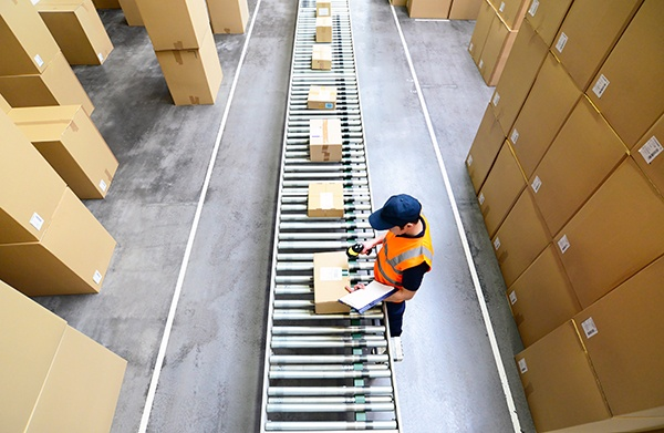 businesses-struggle-to-adapt-to-changing-warehouse-demands.jpg