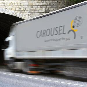 carousel-selects-snapfulfil-for-fourth-warehouse