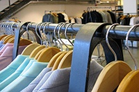 clothing-racks_200w.jpg